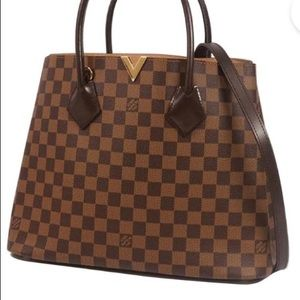 LV Kensington barely used a couple times